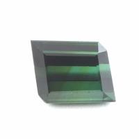 Тёмно-зелёный турмалин верделит параллелограмм вес 4.09 карат, размер 8.7х7.4мм (turm0129)
