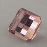 Бледный персиково-розовый турмалин отличной российской огранки формы октагон, вес 2.47 карат, размер 7.6х7.4мм (turm0427)