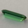Ярко-зеленый турмалин отличной российской огранки, вес 1.41 карат, размер 11.8х4.1мм (turm0431)