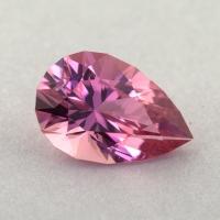 Розовый турмалин отличной российской огранки формы груша, вес 0.95 карат, размер 8.4х5.5мм (turm0439)