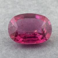Ярко-розовый турмалин овал, вес 4.24 карат, размер 12.1х9.1мм (turm0459)