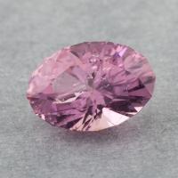 Розовый турмалин отличной российской огранки формы овал, вес 2.46 карат, размер 10.3х7.5мм (turm0465)