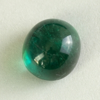 Голубовато-зелёный турмалин кабошон овал, вес 5.25 карат, размер 9.8х9мм (turm0548)