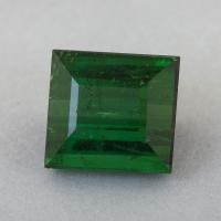 Зеленый турмалин формы багет, вес 3.77 карат, размер 8.8х8.2мм (turm0568)
