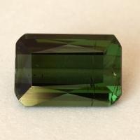 Темно-зеленый турмалин формы октагон, вес 3.15 карат, размер 10.6х7.2мм (turm0575)