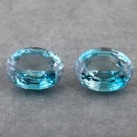 Пара голубых цирконов хорошей огранки формы овал, общий вес 10.95 карат, размер 11.3х9мм (zircon0191)